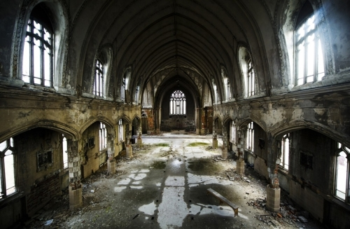 pb-111230-detroit-churches-da-01.photoblog900